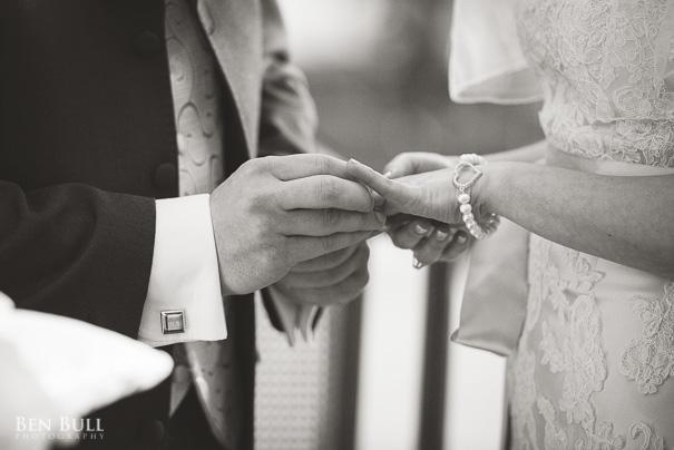 wedding-photography-madingley-hall-samantha-david-14