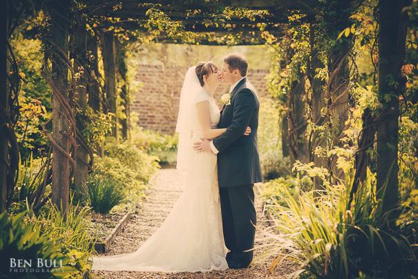 wedding-photography-madingley-hall-samantha-david-23