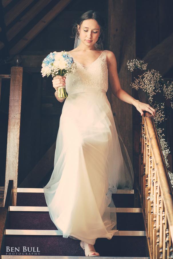 wedding-cooling-castle-barn-leah-richard-12