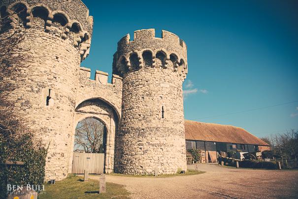 wedding-cooling-castle-barn-leah-richard-2