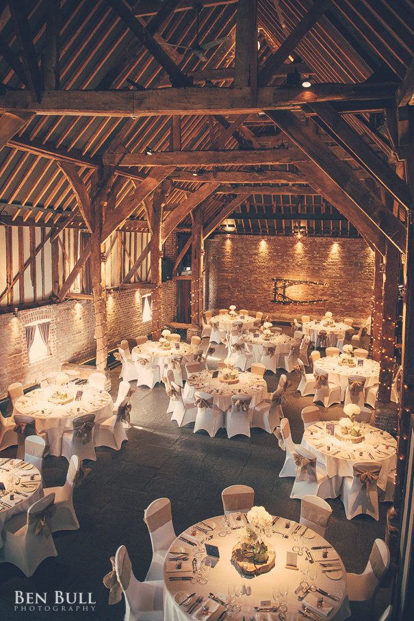 wedding-cooling-castle-barn-leah-richard-41