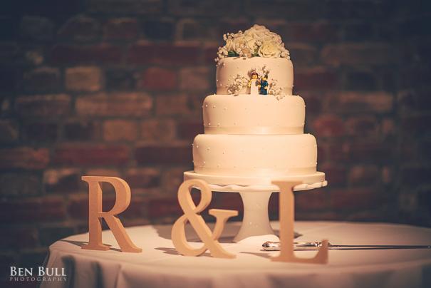 wedding-cooling-castle-barn-leah-richard-42