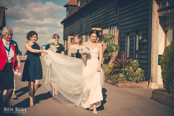 wedding-cooling-castle-barn-leah-richard-6